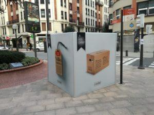 Calles y plazas de Bilbao acogen una campaña para promover el consumo responsable