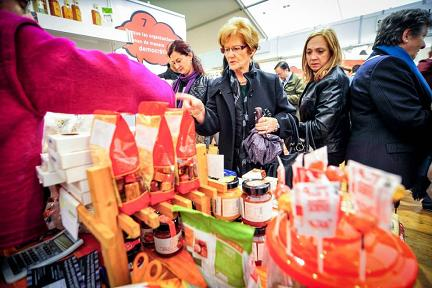 Las compras deben garantizar los Derechos Humanos y el cuidado del medio ambiente