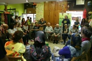 La Tenda de Tot el Món acoge un encuentro con mujeres productoras de Comercio Justo palestinas y libanesas